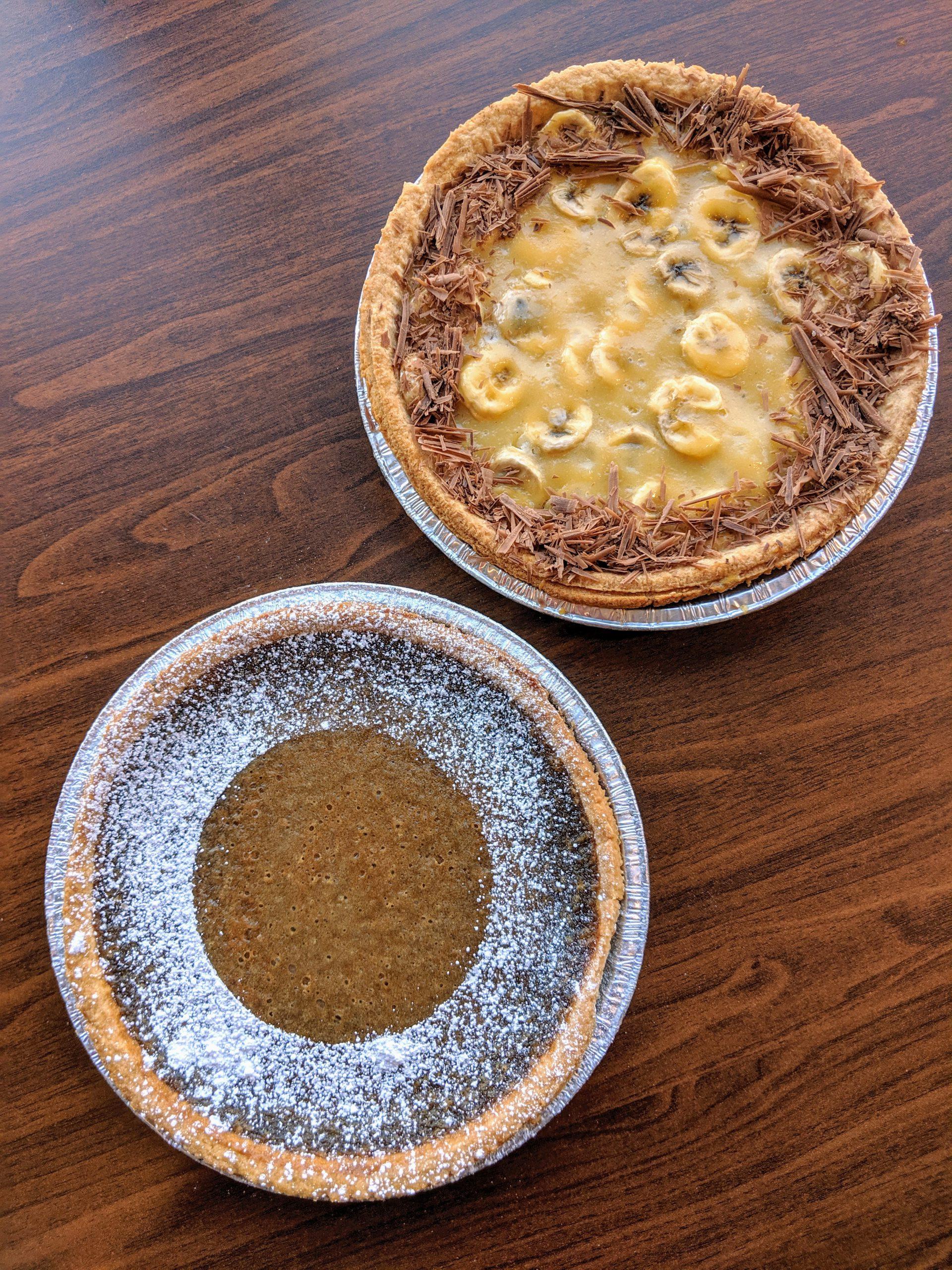 Custom baking - Coffee Pie and Banana Cream Pie