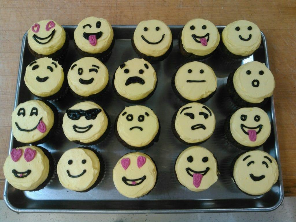 Emoticon donuts